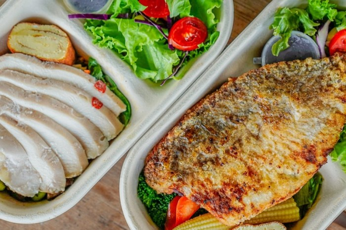 |花蓮吉安沙拉|Healthy Loop 動吃動循環工作室-防疫生活第六十彈-大片鱸魚直接蓋過半盒沙拉