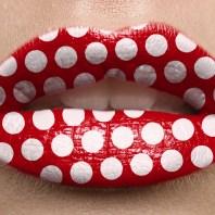 lip-gloss-makeup-polka-dot-lips-photoshop-tutorial