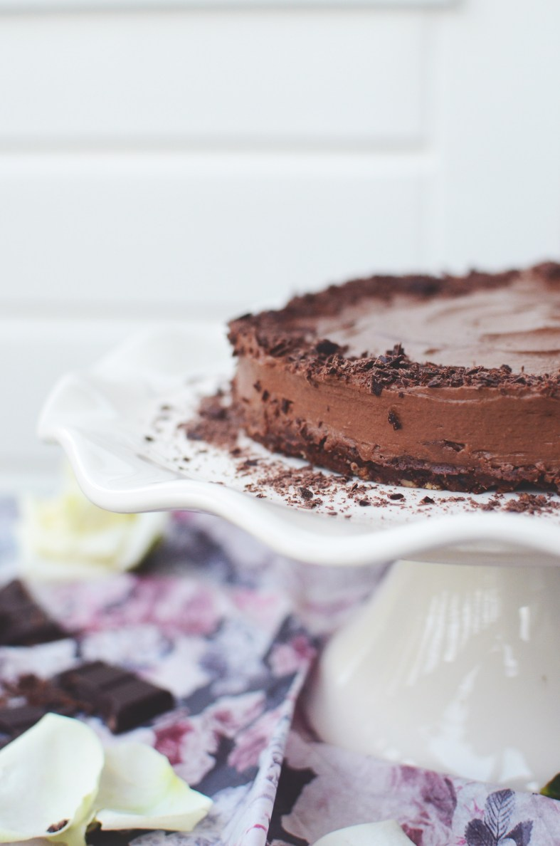 Raw Chocolate Mousse Cake