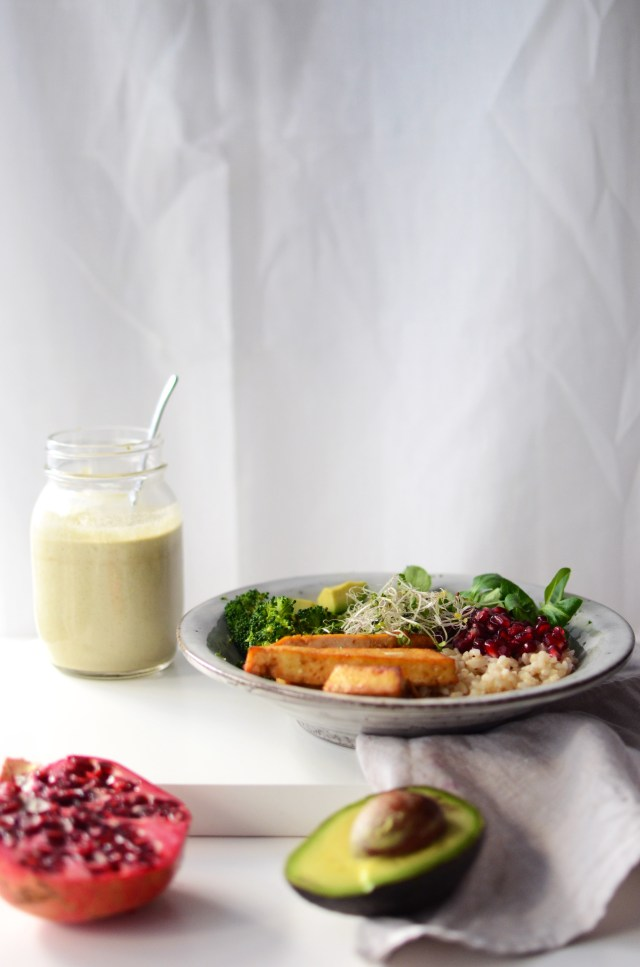 Nourish Bowl with Tofu, Brown Rice & Lots of Vegetables + A Tasty Pumpkin Seed Dressing