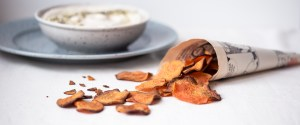 Oven baked Sweet Potato Chips w/ Cashew Tahini Dip | Healthy Snacking