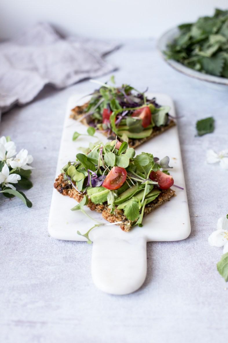 Nettle flatbread (gf + vegan)