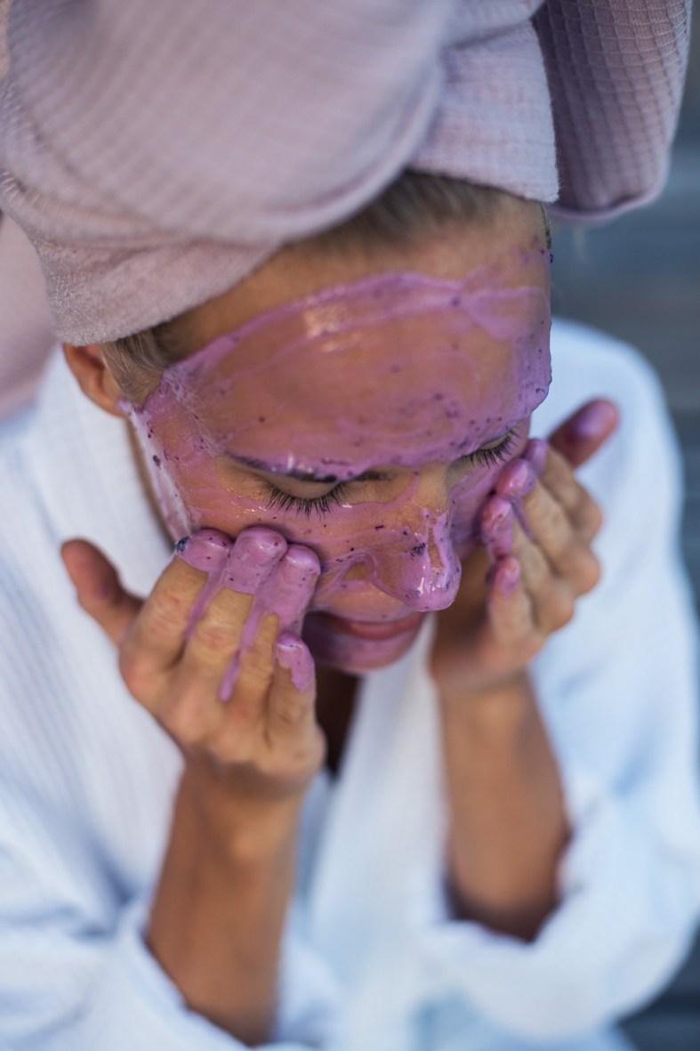 Homemade Blueberry, Yogurt & Honey Face Mask | tuulia blog