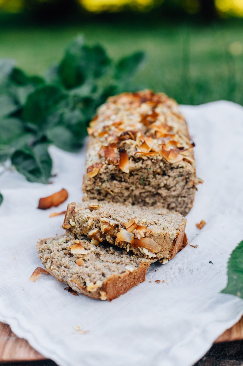 Banana Zucchini Bread (gluten + dairy free) | tuulia log