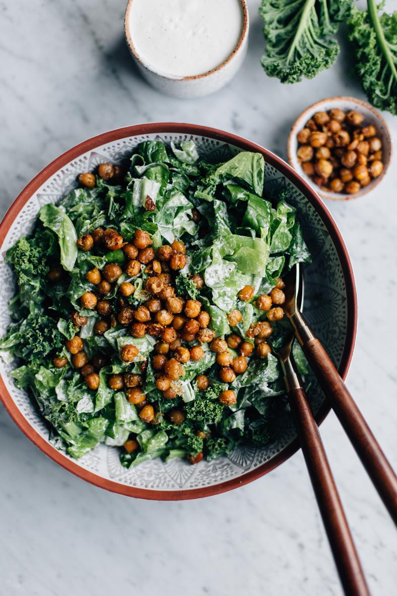 Vegan Caesar Salad w/ Chickpea Croutons | tuulia blog