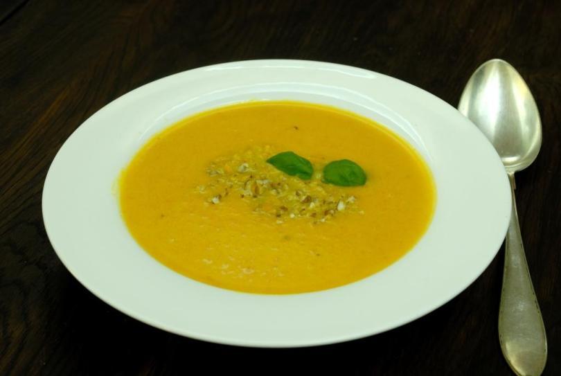 Päikeseline porgandi-apelsini supp