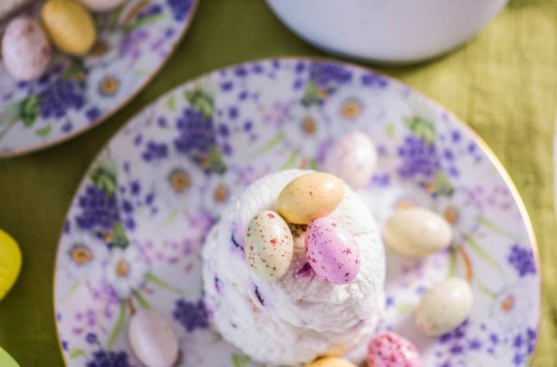 Minipashad valge šokolaadi ja kuivatatud jõhvikatega