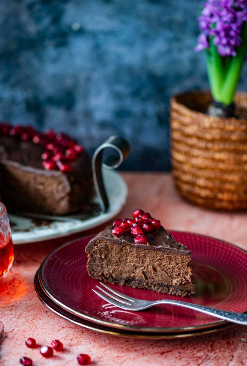 Sõbrapäevaks sobiv külluslik šokolaadi-toorjuustukook