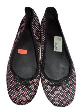 Zapato estampado negro