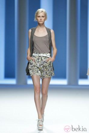 6991_shorts-estampados-de-la-coleccion-primavera-2012-de-sita-murt-en-cibeles