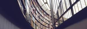 """Viena no lasītākajām grāmatām bibliotēkās — Māra Bērziņa romāns """"Svina garša"""""""