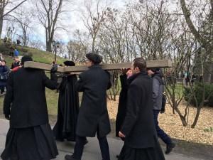 Krusta ceļš Rīgā un citviet- platforma kristiešu izlīgumam un piedošanai