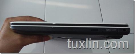 Asus X452EA-VX086D AMD E-2 3800 quad-core Tuxlin Blog08
