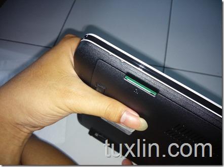 Asus X452EA-VX086D AMD E-2 3800 quad-core Tuxlin Blog09