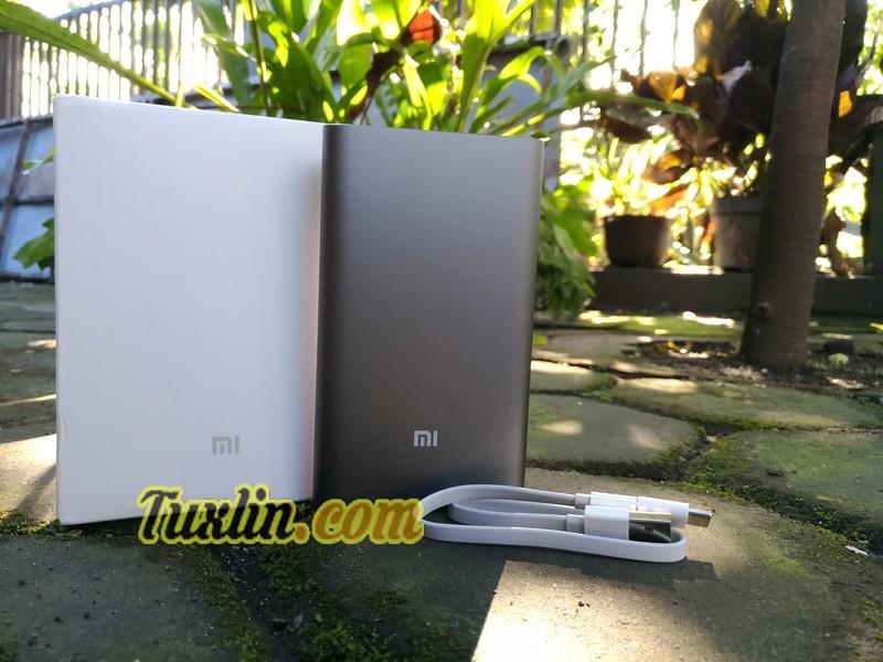 Paket Penjualan Xiaomi Pro Power Bank 10.000mAh