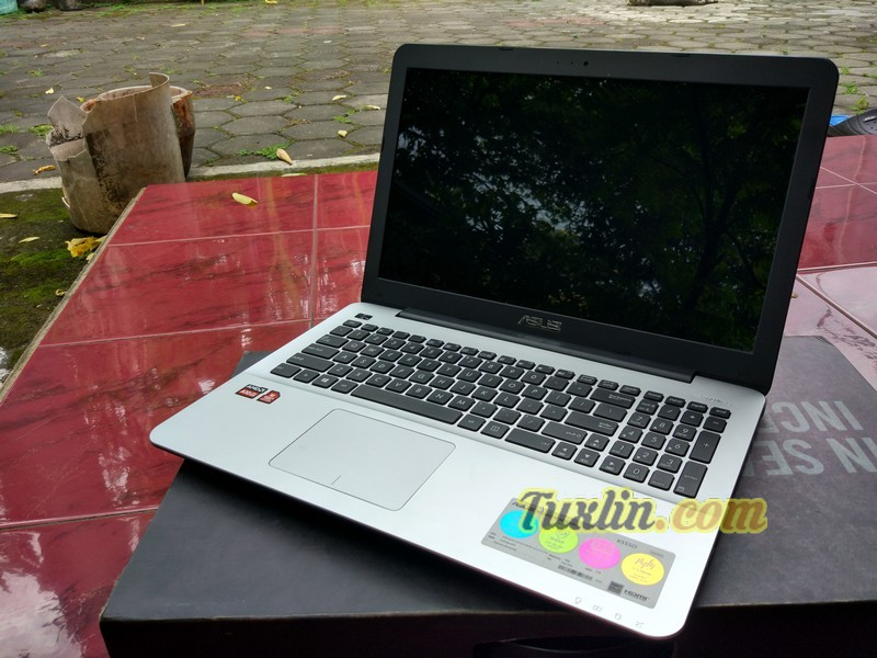 Hands On & Preview Asus X555QG BX101D