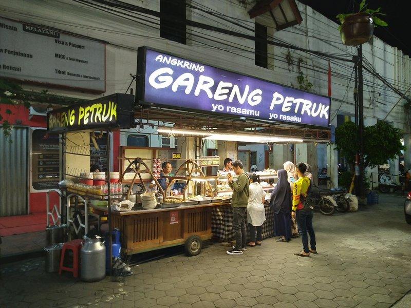 Hasil Foto KameraAsus Zenfone Max Pro M2 Malam Hari