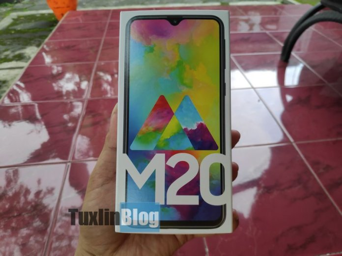 Nyobain Samsung Galaxy M20, Ternyata Kayak Gini... 2