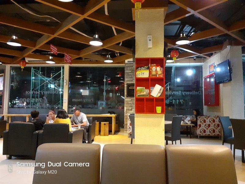 Review Kamera Samsung Galaxy M20: Mantul dengan Lensa Wide Angle 36