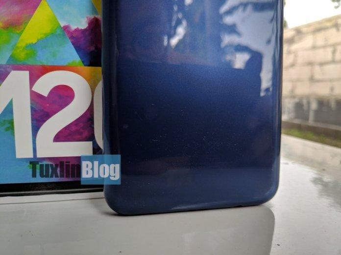 Review Samsung Galaxy M20: Baterai Besar Jadi Andalan 4