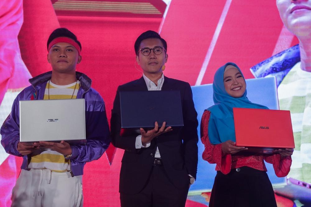 Luncurkan VivoBook Ultra A412, Asus Gandeng Rizky Febian dan Ria Ricis 2