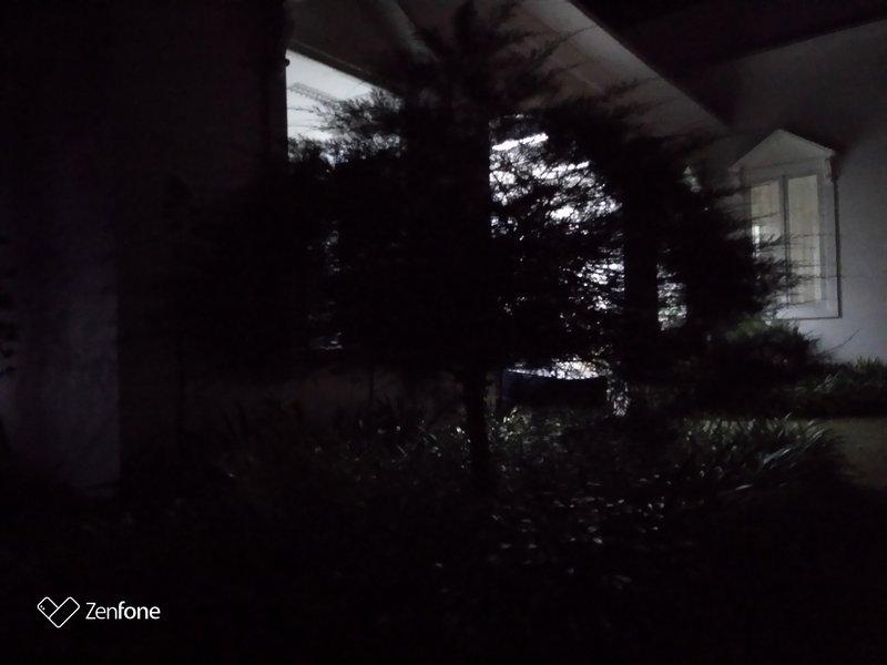 Review Kamera Asus Zenfone Live L2: Bisa Diandalkan 36