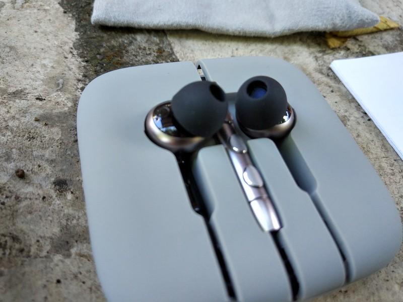 Pengalaman Menggunakan Xiaomi Mi In-Ear Pro HD Triple Driver 4