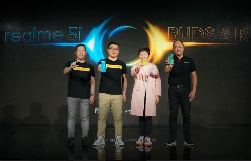 Realme Buds Air & Realme 5i Resmi Hadir di Indonesia 1