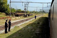 zeljeznicom-ka-jugu-bih-pruga-na-kojoj-su-sklopljena-brojna-prijateljstva-i-ljubavi17_2015_10_04