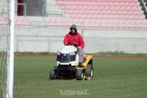 trava-tusanj-stadion (2)