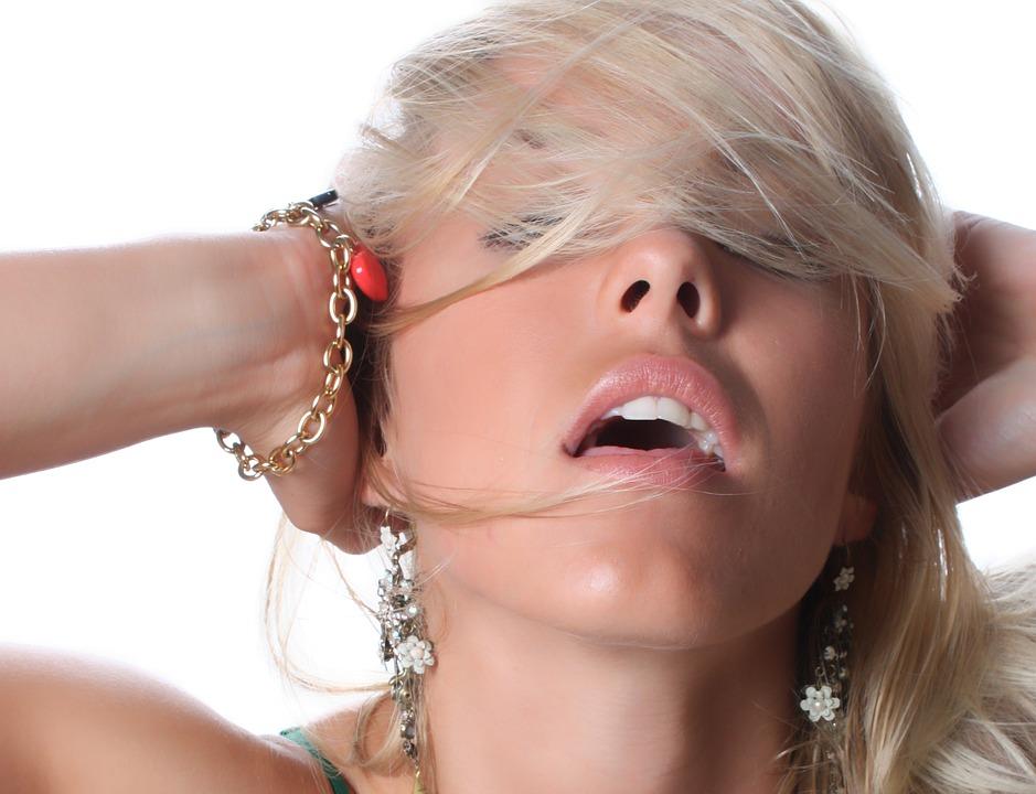 kako napraviti sebi ženski orgazam max crni pornić