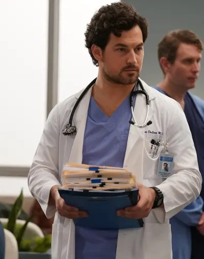 Manic DeLuca - tall  - Grey's Anatomy Season 16 Episode 14