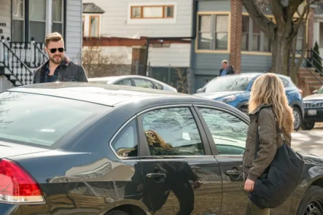 "going undercover chicago pd s6e20 - Chicago PD (S06E20) ""Sacrifices"""