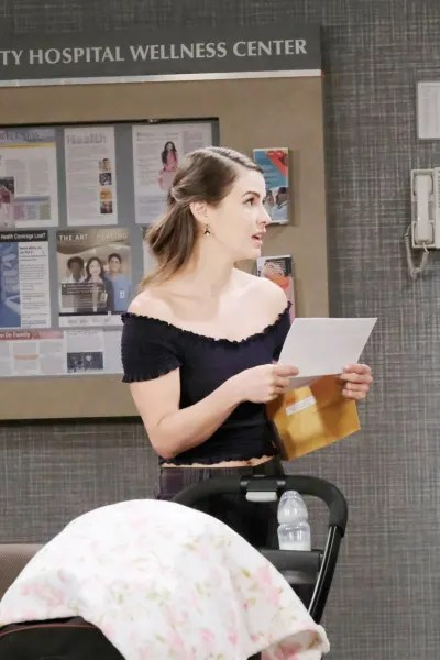 Sarah is Shocked - Days of Our Lives