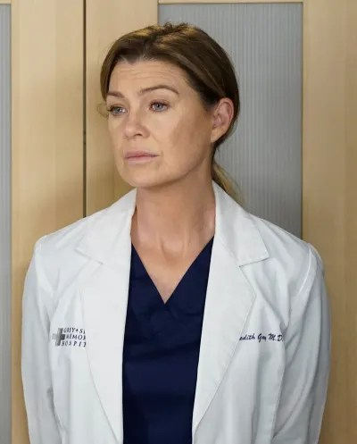 Cristina's Package - Tall  - Grey's Anatomy Season 16 Episode 9