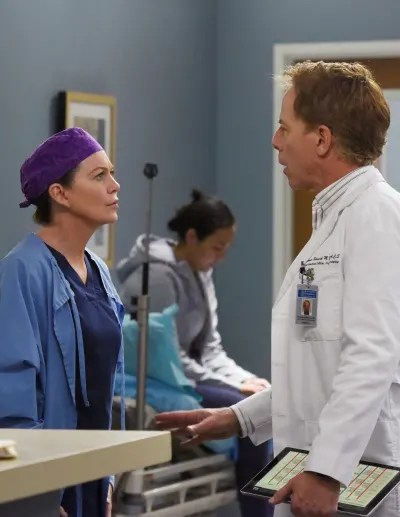 Pot and Kettle - Tall  - Grey's Anatomy Season 16 Episode 18