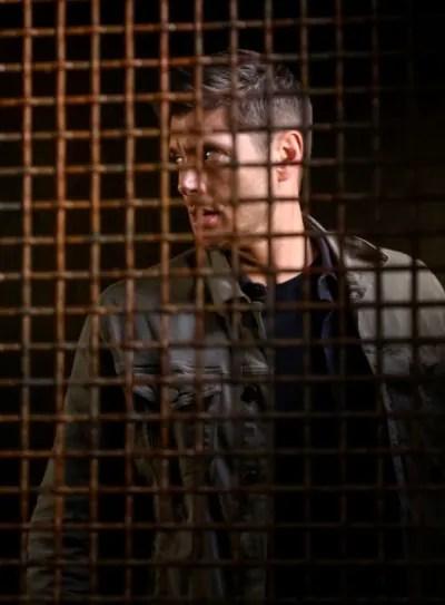 Fight Club Cage - Supernatural Season 15 Episode 10