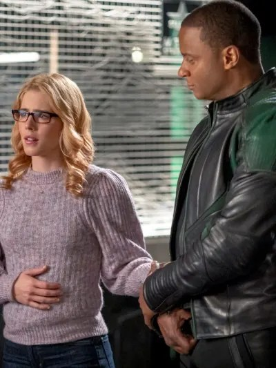 Felicity and Diggle - Arrow Season 8 Episode 10