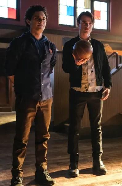 Landon Helps Sebastian - Legacies Season 2 Episode 9