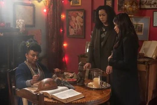 Mama Roz Has The Answers  - Charmed (2018) Season 1 Episode 18