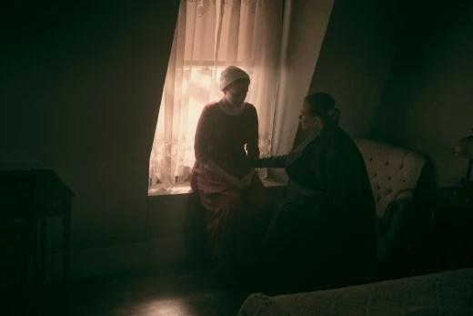 It's Not What It Looks Like - The Handmaid's Tale Season 2 Episode 9