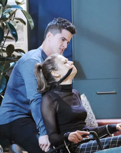 An Inopportune Moment - Days of Our Lives