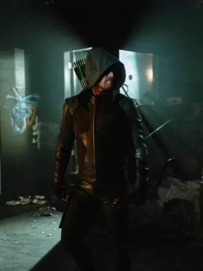 Oliver Queen - Arrow Season 8 Episode 1