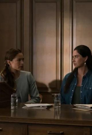 Joanna reassures Kodie - Burden of Truth Season 3 Episode 2