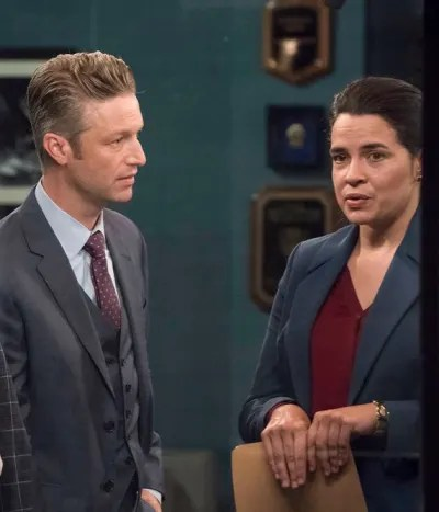 Hadid and Carisi - Law & Order: SVU Season 21 Episode 3