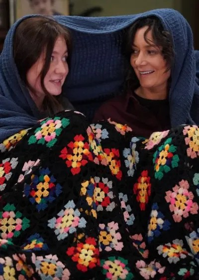 Under the Covers - The Conners Season 2 Episode 16