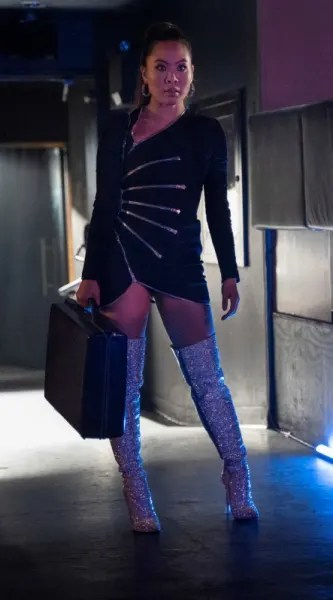 Mary on the Job - Batwoman Season 1 Episode 18