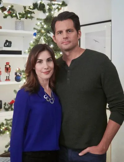 Carly Pope and Kristoffer Polaha from Double Holiday