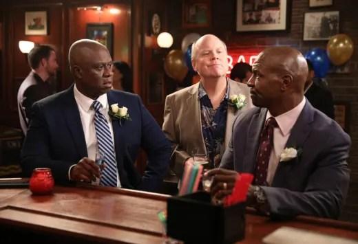 Terry and Holt at Bar - Brooklyn Nine-Nine Season 7 Episode 6