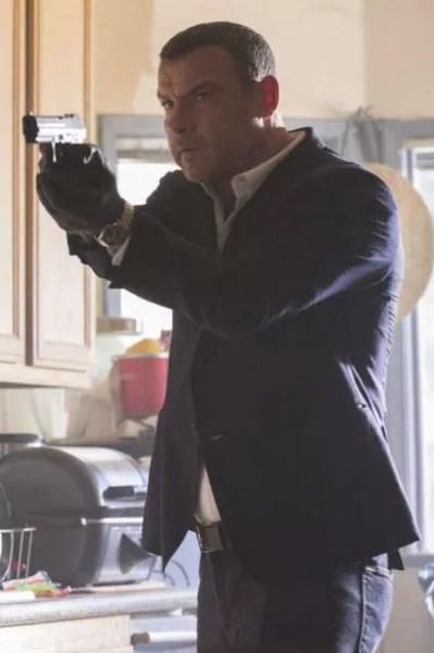 Ray Has a Gun - Ray Donovan Season 5 Episode 10